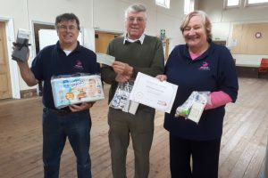 Melksham Lions Club supports local Food Bank