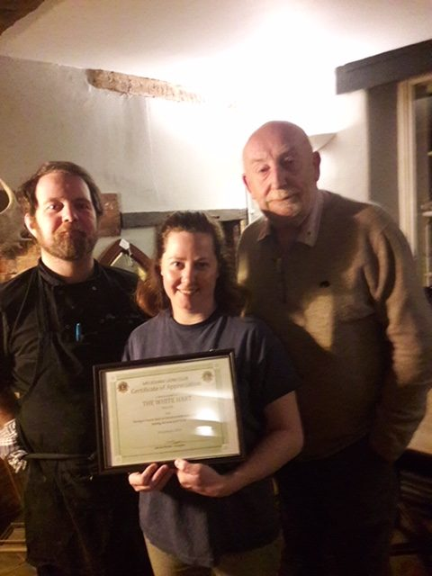The White Hart receive certificate of thanks